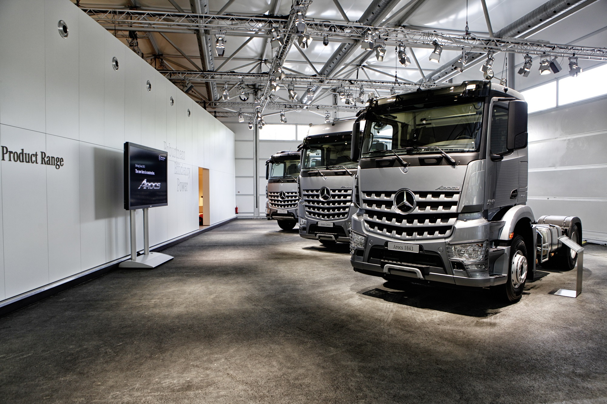 Mercedes benz trucks george p johnson experience marketing for Mercedes benz events